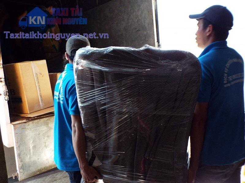 Dịch vụ taxi tải giá rẻ huyện Hóc Môn