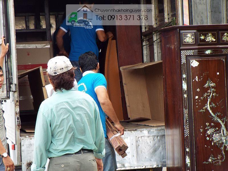 Tháo ráp tủ quần áo tại TP.Hồ Chí Minh