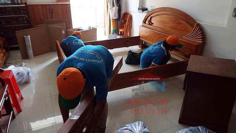 Tháo lắp giường tủ tại nhà Hồ Chí Minh