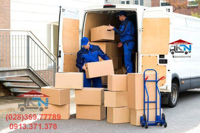 Mẹo vận chuyển, sắp xếp đồ đạc lên xe tải