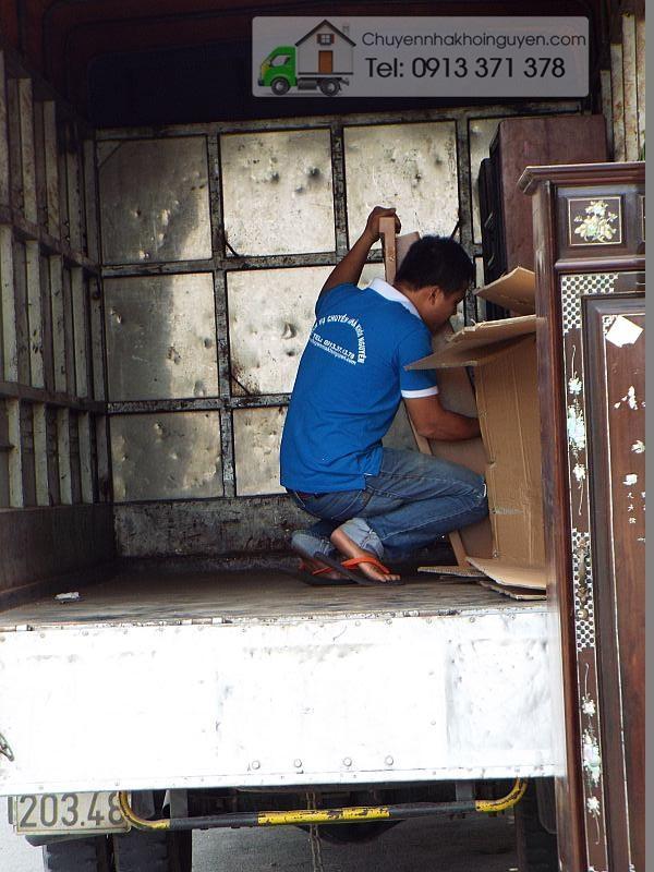 Taxi tải chuyển nhà Bình Dương - TP.Hồ Chí Minh